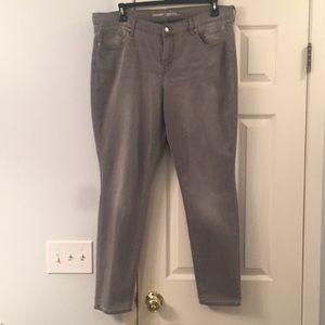 Ladies Gray Skinny Jeans